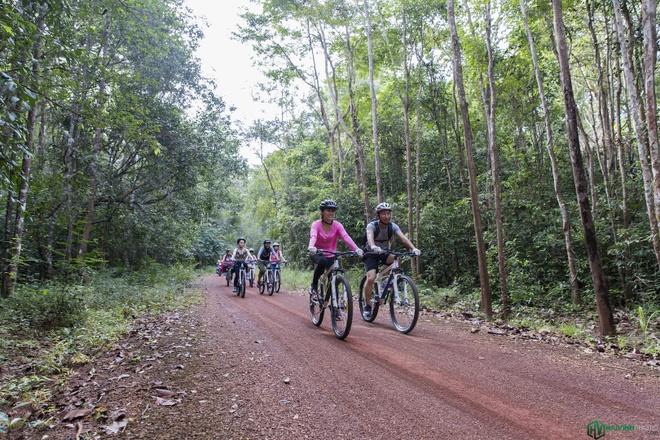 Jungle biking - thach thuc giua rung sau hinh anh 5