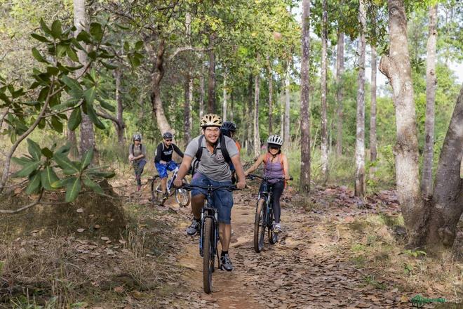 Jungle biking - thach thuc giua rung sau hinh anh 7