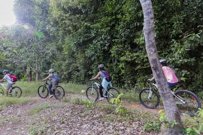 Jungle biking - thach thuc giua rung sau hinh anh 8