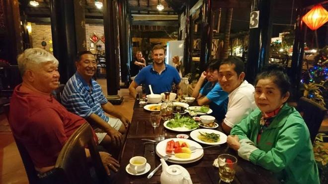 Chang trai Duc chon Viet Nam la diem dung chan thu 100 hinh anh 2