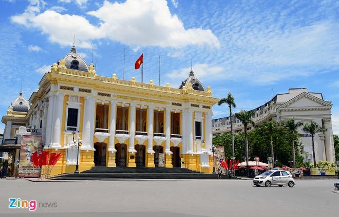 Khao sat tour Nha hat Lon: Chua nen ky vong qua hinh anh 1