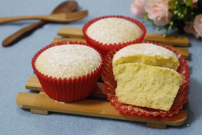 Cach lam banh cupcake nuong don gian tai nha hinh anh