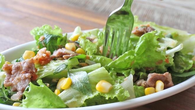 Cach lam salad rau tron tuoi ngon hinh anh