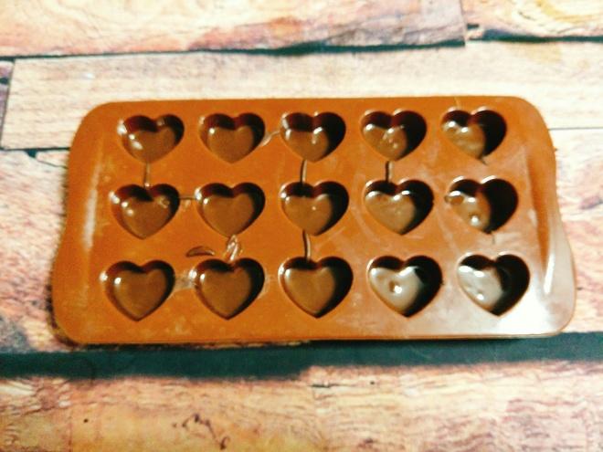 Keo chocolate hinh trai tim cho ngay Valentine hinh anh 3