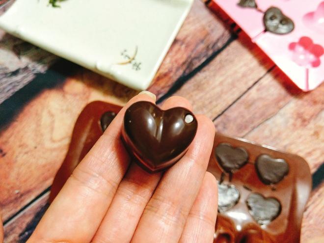 Keo chocolate hinh trai tim cho ngay Valentine hinh anh 7