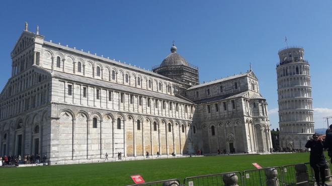 Thap nghieng Pisa - su noi tieng tinh co hinh anh 2