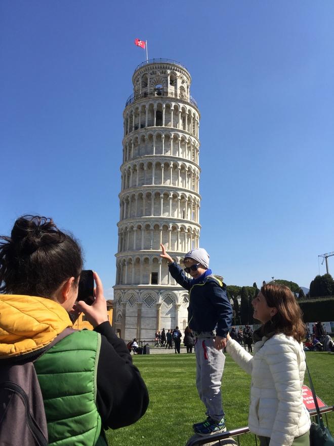 Thap nghieng Pisa - su noi tieng tinh co hinh anh 1