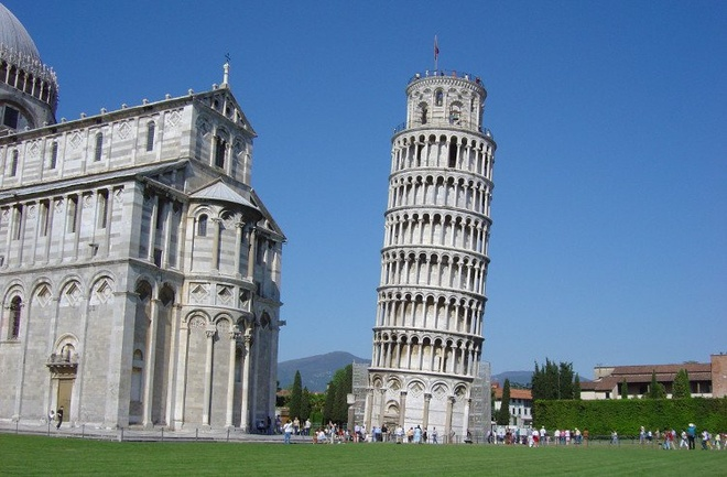 Thap nghieng Pisa - su noi tieng tinh co hinh anh