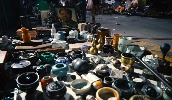 Khám phá 'chợ ma' sầm uất tại thủ đô của Trung Quốc