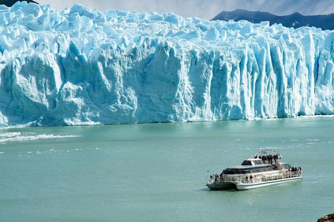 Bí ẩn trên dòng sông băng đẹp nhất thế giới