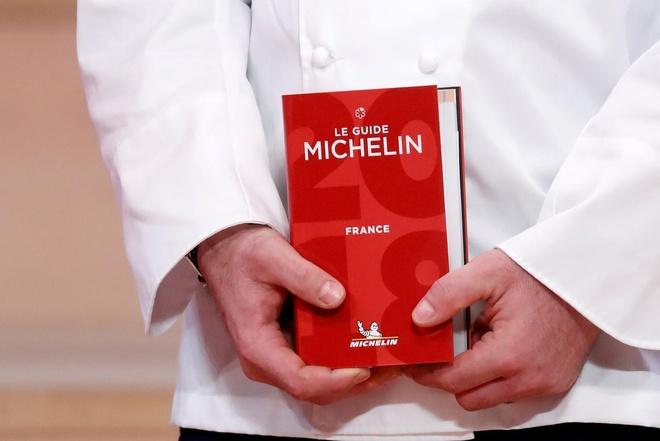 Doi thanh tra bi an phia sau nhung ngoi sao Michelin hinh anh