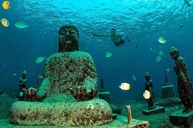 Ngoi den bi an tro thanh diem lan thu hut o Bali hinh anh