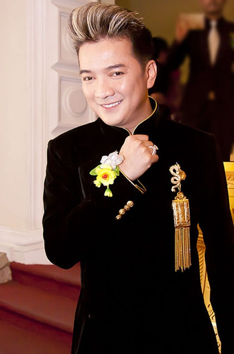 Nguyen Anh 9 'mo xe' Dam Vinh Hung, My Tam hinh anh 3