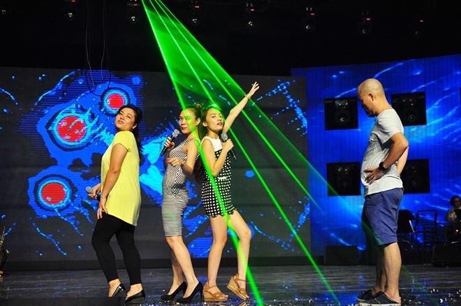 Nhat Thuy tro thanh quan quan Vietnam Idol hinh anh 1