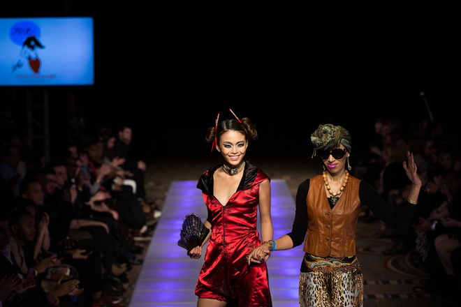 Mau Thuy dat show o New York hinh anh