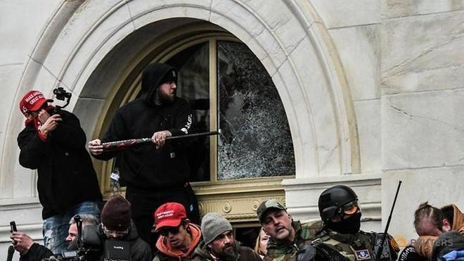 Vụ hỗn loạn Điện Capitol bạo lực hơn những gì chúng ta biết' - Thế giới