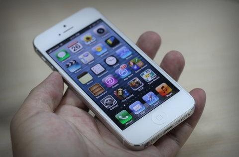 iPhone 5 gia duoi 10 trieu dong hinh anh