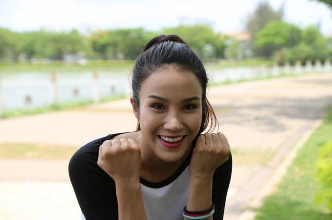 Diep Lam Anh: 'Toi song tu tin va tran day hung khoi' hinh anh
