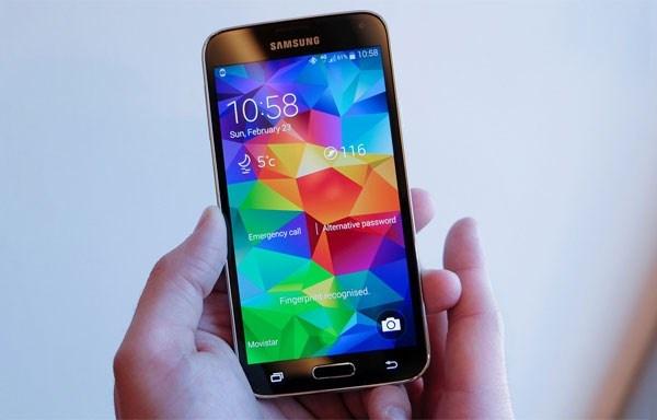 Nhung smartphone va tablet moi giam gia dang chu y hinh anh
