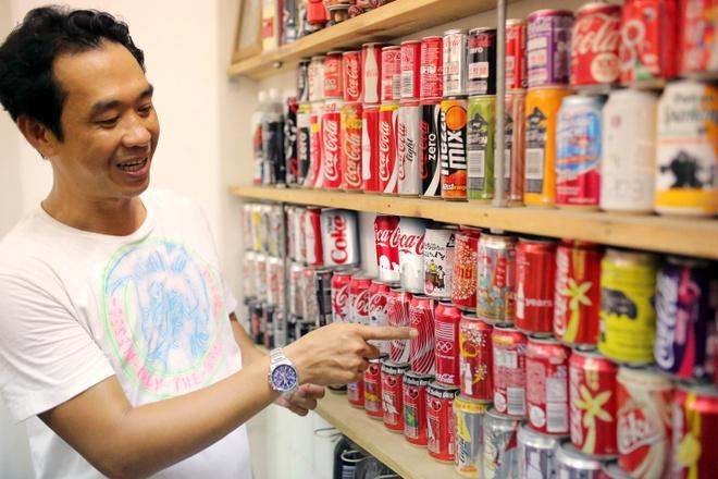 Bo suu tap Coca-Cola co mot khong hai o Sai Gon hinh anh 1   Một góc trong bộ sưu tập của anh La Hưng.