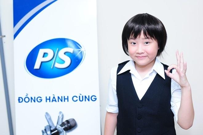 Can do 5 ung vien vo dich Giong hat Viet nhi 2014 hinh anh 1 Chưa phải là thí sinh có giọng xuất sắc nhưng Hoàng Anh là nhân tố đem lại nhiều điều thú vị nhất cho Giọng hát Việt nhí 2014.