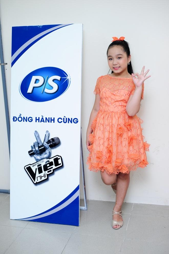 Can do 5 ung vien vo dich Giong hat Viet nhi 2014 hinh anh 3 Linh Nhi là thí sinh có phong độ chắc chắn và ổn định nhất.