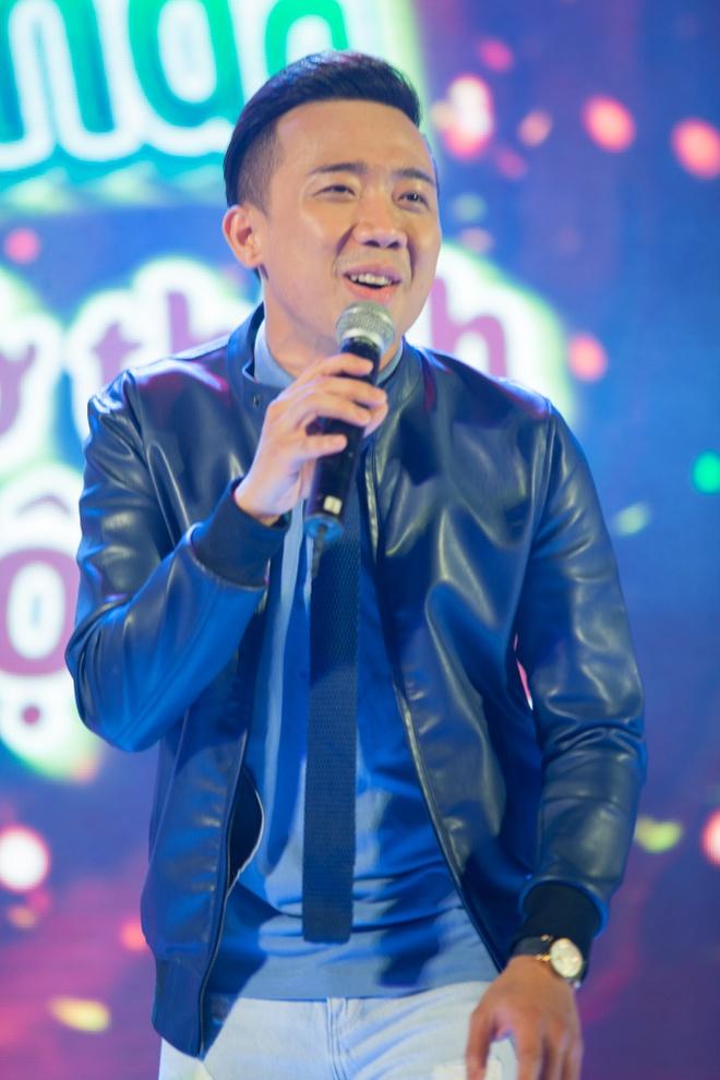 Tran Thanh cover hit cua Hari Won tang hang nghin khan gia hinh anh 28