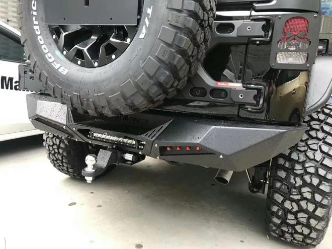Jeep Wrangler Rubicon ham ho voi goi do offroad gan 600 trieu hinh anh 7