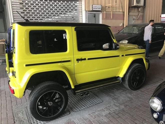 Xe offroad Suzuki Jimny do phong cach Mercedes G-Class hinh anh 3