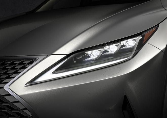 Lexus khoe den pha LED moi tren RX 2020 hinh anh