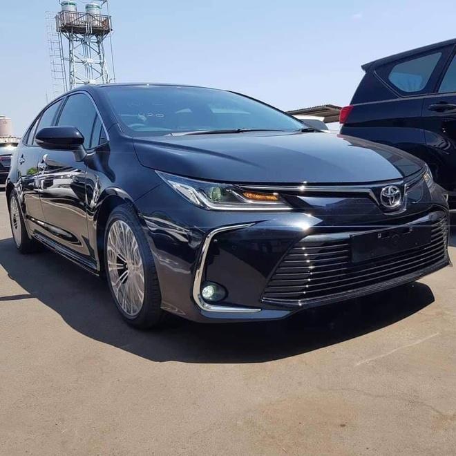 Toyota,  Altis 2020,  thi truong,  xe sedan anh 2