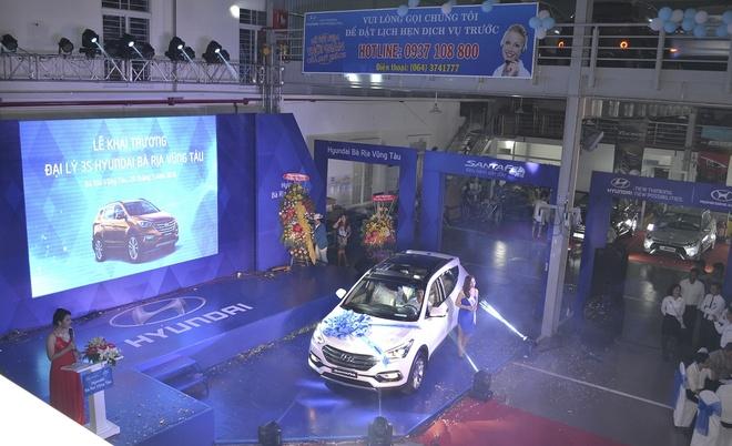 Hyundai Thanh Cong khai truong 4 dai ly moi hinh anh 4