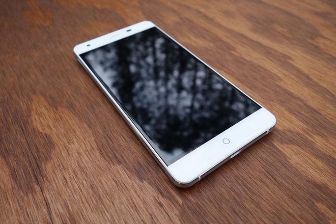 Ule Power: Smartphone cau hinh lon, pin dung luong 6.050 mAh hinh anh 3