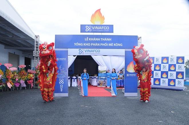 VINAFCO khanh thanh tong kho phan phoi tai Hau Giang hinh anh 4