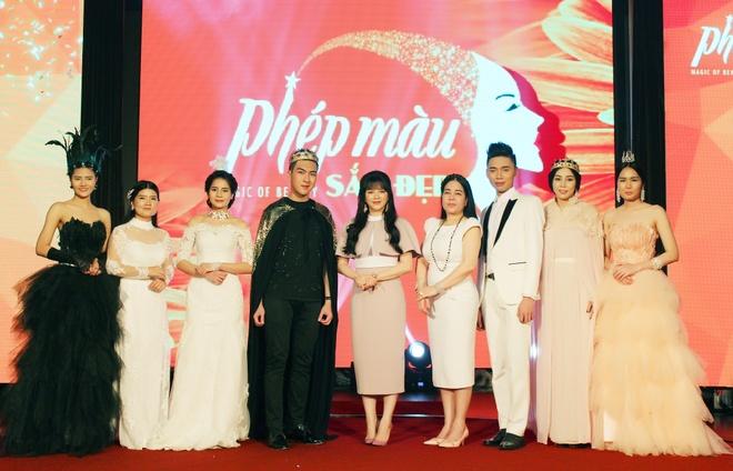 Ly Nha Ky, Viet Anh hoi ngo tai dem gala 'Phep mau sac dep' hinh anh 4
