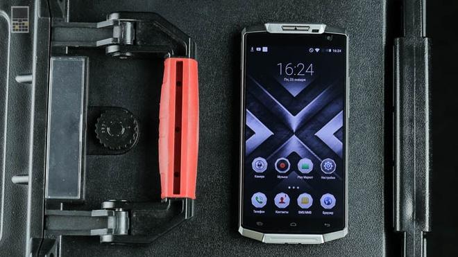 Smartphone OUVI co pin cho len den 75 ngay hinh anh 2