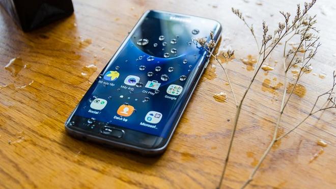 Nhat Cuong ban 3.000 dien thoai Samsung 0% loi nhuan hinh anh 1