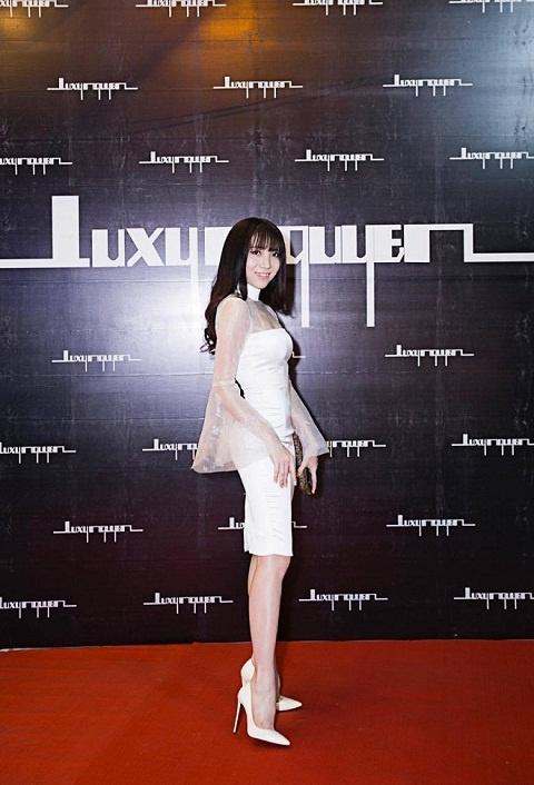 Luxy Nguyen anh 11