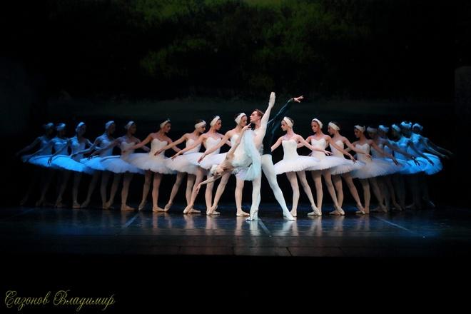 Ballet 'Ho thien nga' va 'Kep hat de' cua Tchaikovsky den VN hinh anh 1