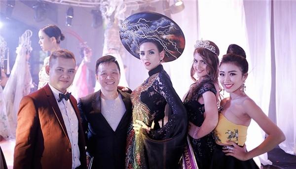 Vo Hoang Yen do dang ben quan quan Top Model Asia Award hinh anh 9