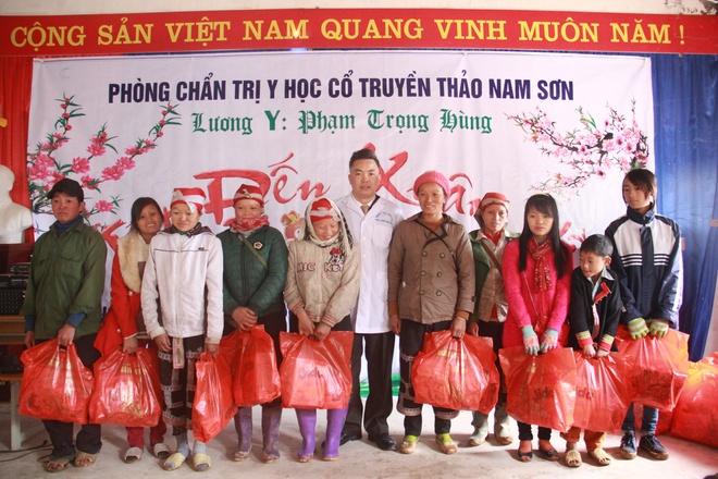 Luong y pho nui Lao Cai tri benh khop hinh anh 4