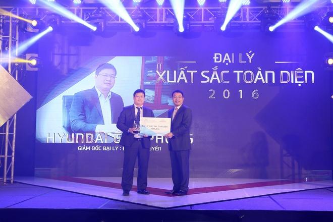 Hyundai Thanh Cong vinh danh dai ly tieu bieu 2016 hinh anh 5