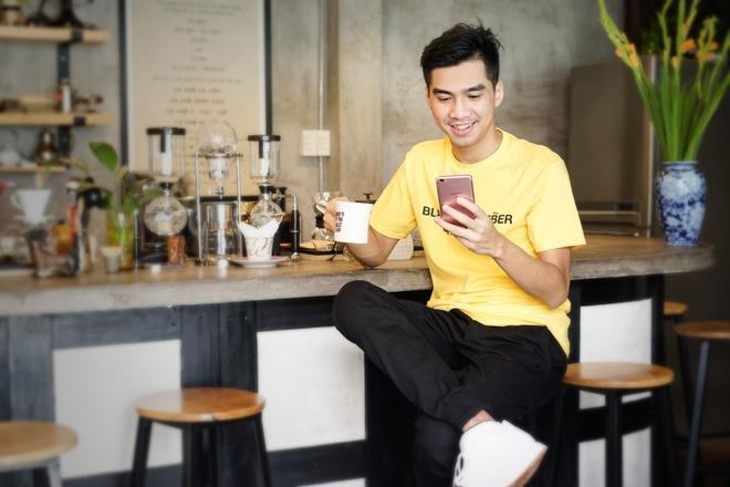 PewPew: 'Khong phai cu chup va dang anh selfie la cau like, song ao' hinh anh 3