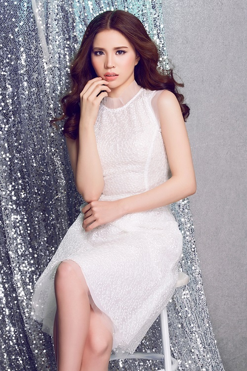NTK Luxy Nguyen dep diu dang trong nhung thiet ke moi hinh anh 5