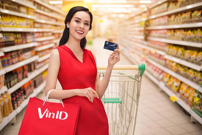 Ra mat the lien ket VinID-MB Visa voi tinh nang '2 trong 1' hinh anh 1