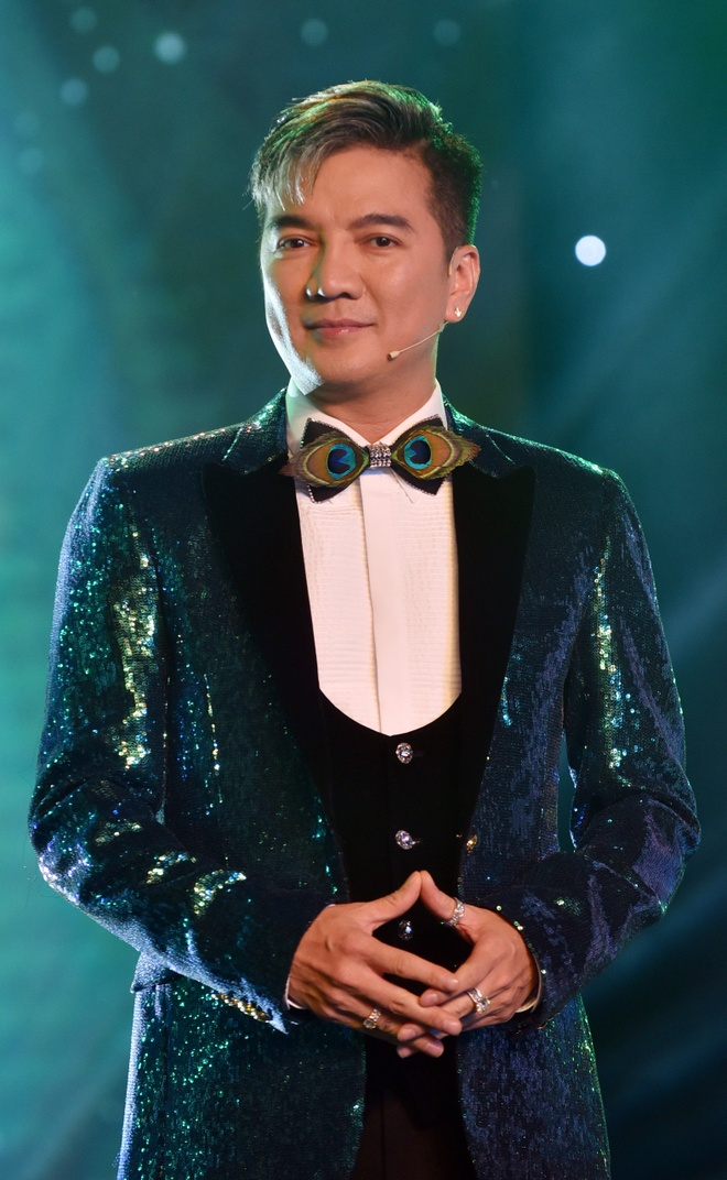 Hoc tro Mr. Dam gianh chien thang Huda Central's Top Talent 2018 hinh anh 5