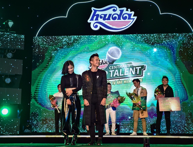 Hoc tro Mr. Dam gianh chien thang Huda Central's Top Talent 2018 hinh anh 31