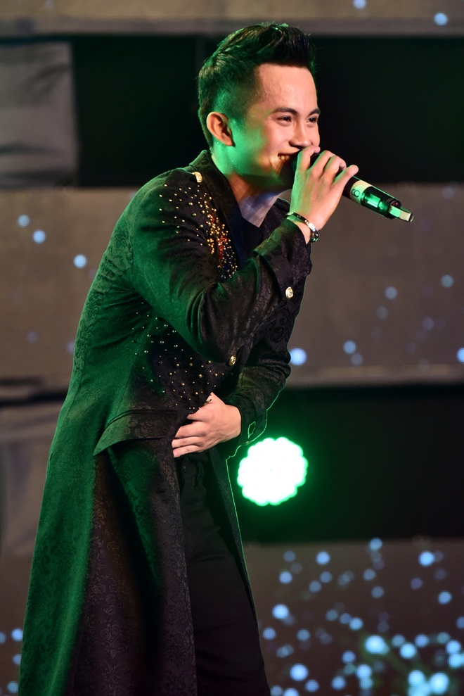 Hoc tro Mr. Dam gianh chien thang Huda Central's Top Talent 2018 hinh anh 19