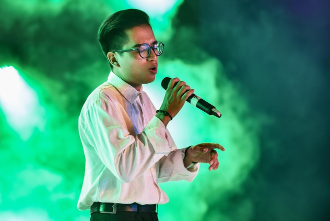 Hoc tro Mr. Dam gianh chien thang Huda Central's Top Talent 2018 hinh anh 17