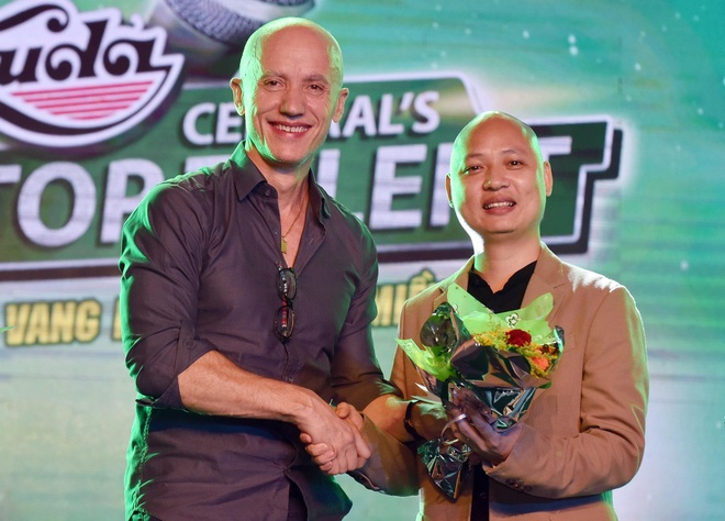 Hoc tro Mr. Dam gianh chien thang Huda Central's Top Talent 2018 hinh anh 8